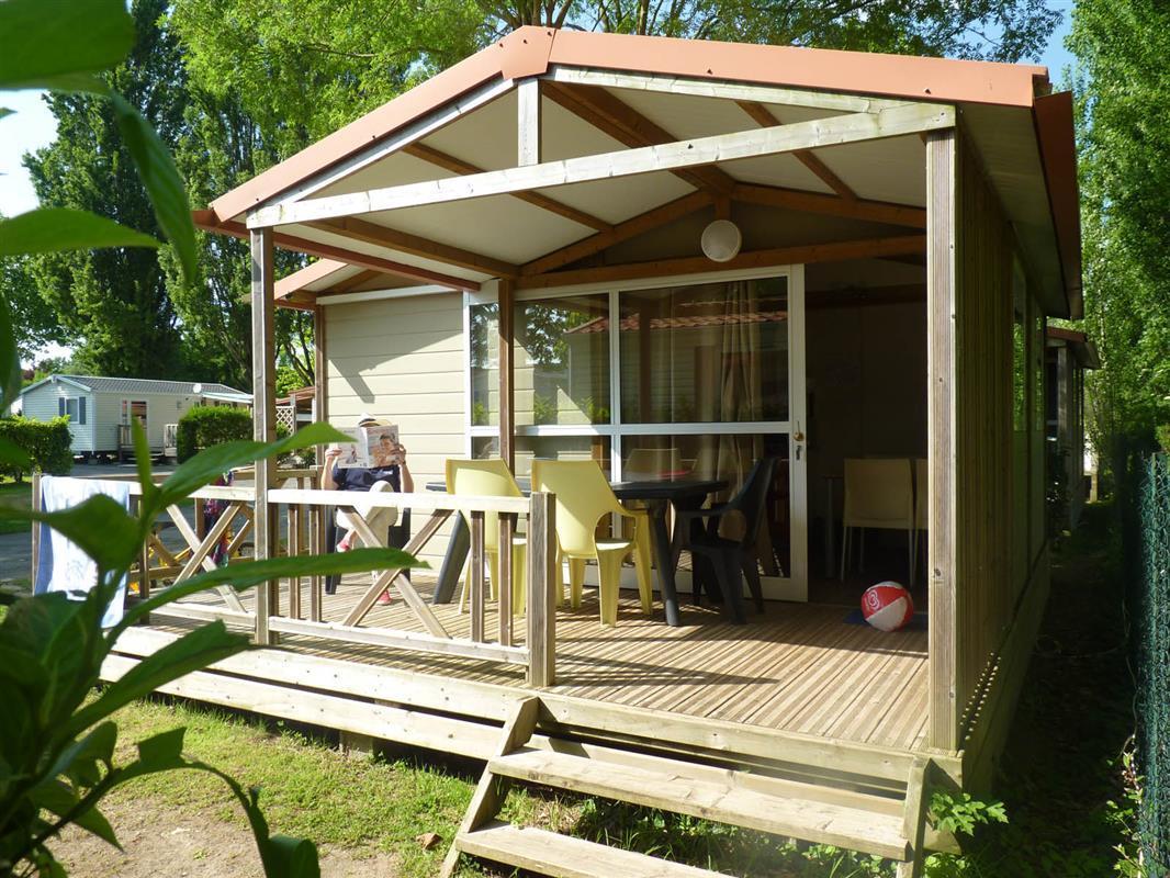 offre curiste camping la rochelle location mobil home chalet pres de la rochelle camping de. Black Bedroom Furniture Sets. Home Design Ideas